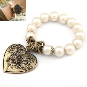 爱心珍珠手链