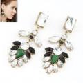 绿宝石高贵耳钉